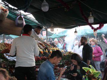 Marokko Rundreise Reise in 1001Nacht Markt in Djemaa el Fna