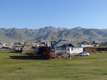 Dorf Bus Camping