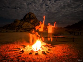 Lagerfeuer, Namibia, Spitzkoppe