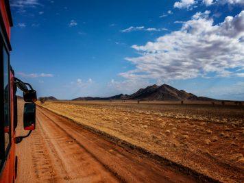Sandpiste, Rotel Tours Bus, Namibia